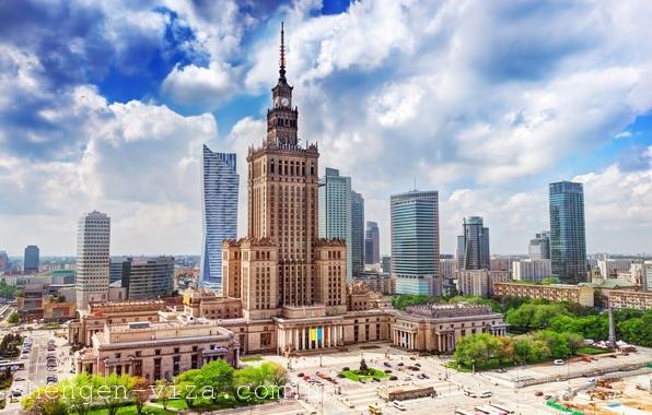 5% українців-заробітчан відправились на інтелектуальну працю