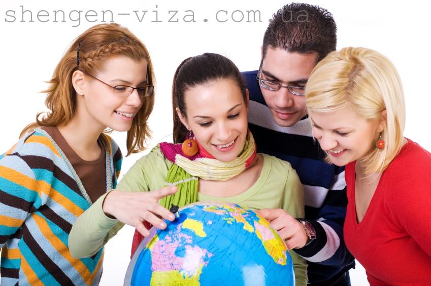 Робота за кордоном: вакансії, які приносять хороший заробіток
