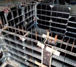 Ліса будівельні Польща робота по виготовленні опалубки
