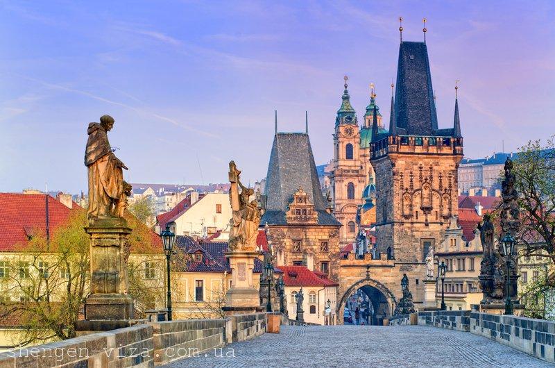 Зрівняння зарплат в Чехії для бідних та багатих